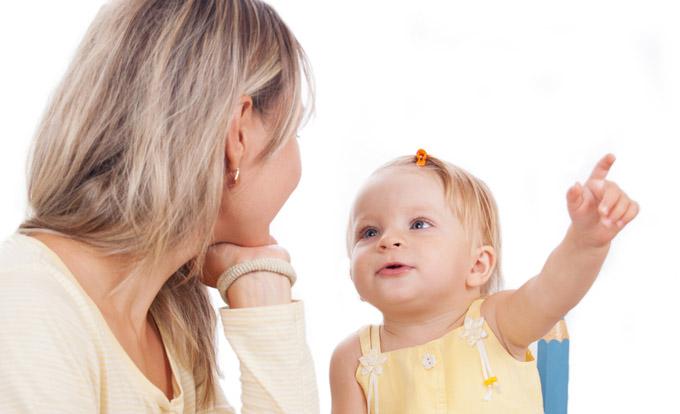 Почему ребенок не реагирует на звуки
