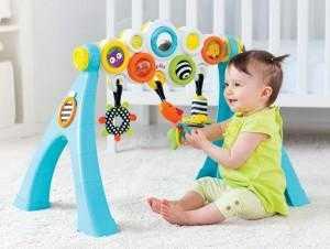 развитие ребенка в 7 месяцев игры