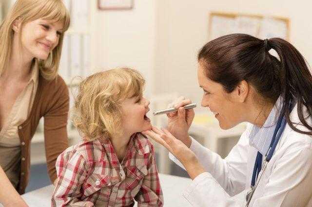 Мононуклеоз у детей симптомы и лечение Комаровский